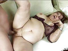 Fat babica gets zajebal